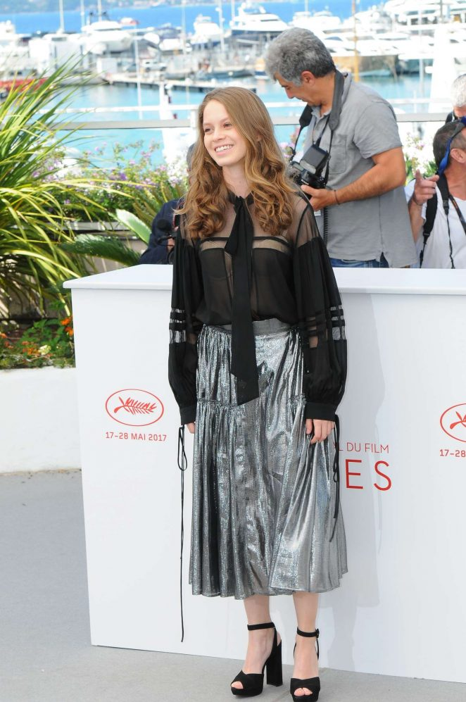 Ana Valeria Becerril 2017 : Ana Valeria Becerril: Aprils Daughter Photocall at 70th Cannes Film Festival -04