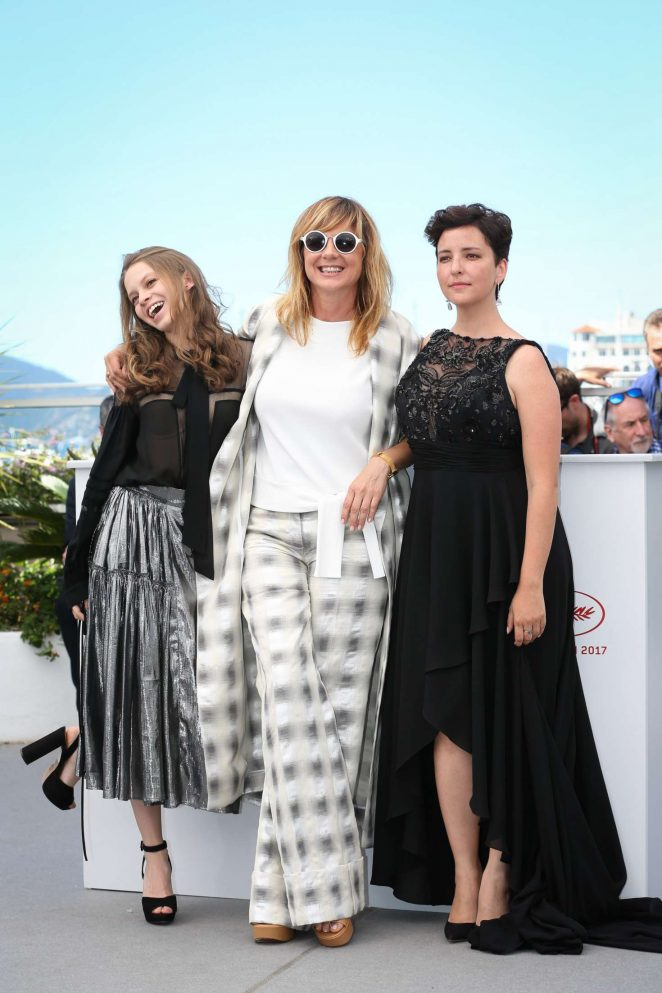Ana Valeria Becerril 2017 : Ana Valeria Becerril: Aprils Daughter Photocall at 70th Cannes Film Festival -22