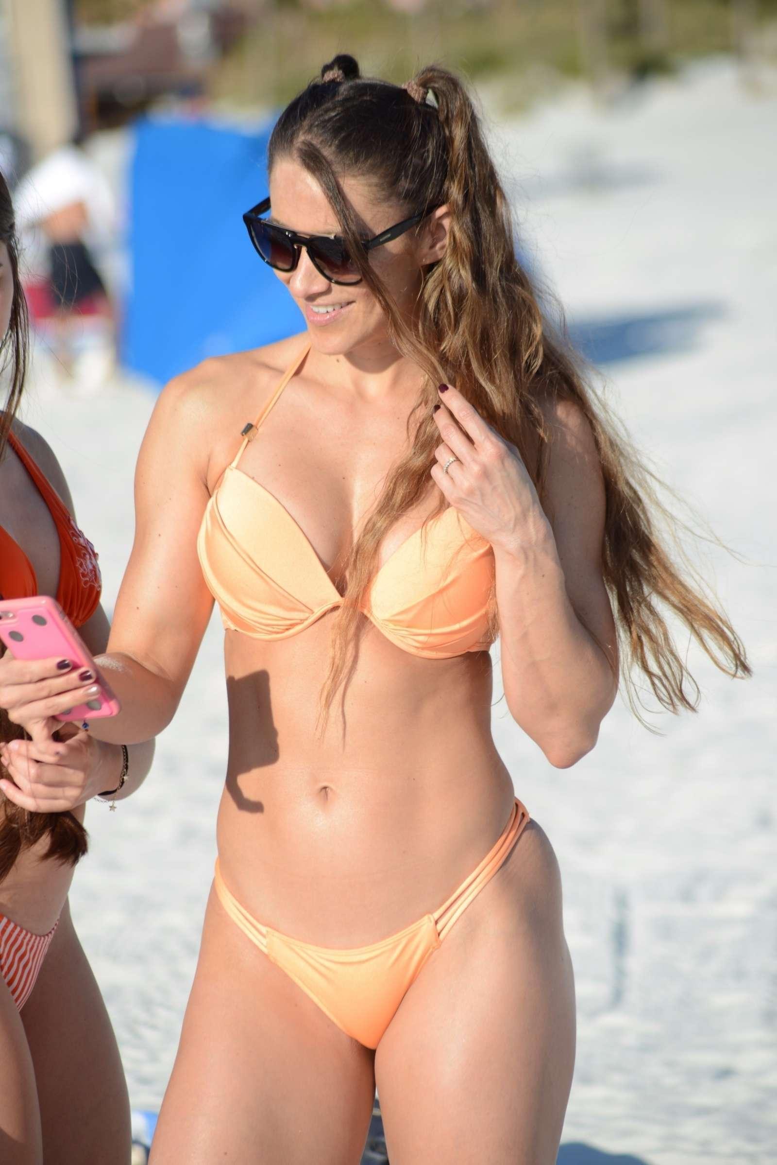 Cleavage Bikini Nicole Caridad naked photo 2017