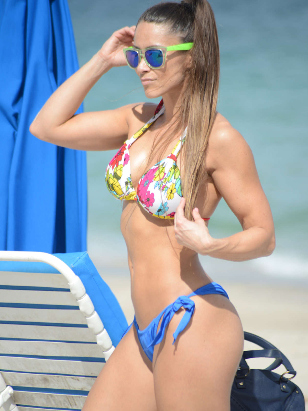 Anais Zanotti Hot anais zanotti hot in bikini -16 | gotceleb