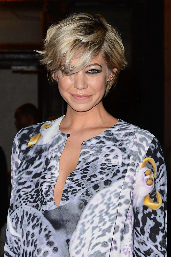 Analeigh Tipton - Monique Lhuillier Fashion Show Spring 2016 NYFW in NYC