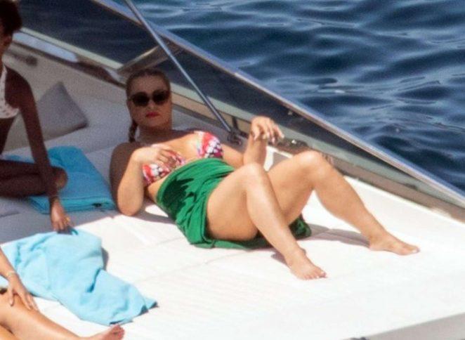 Anastacia in Bikini in Positano