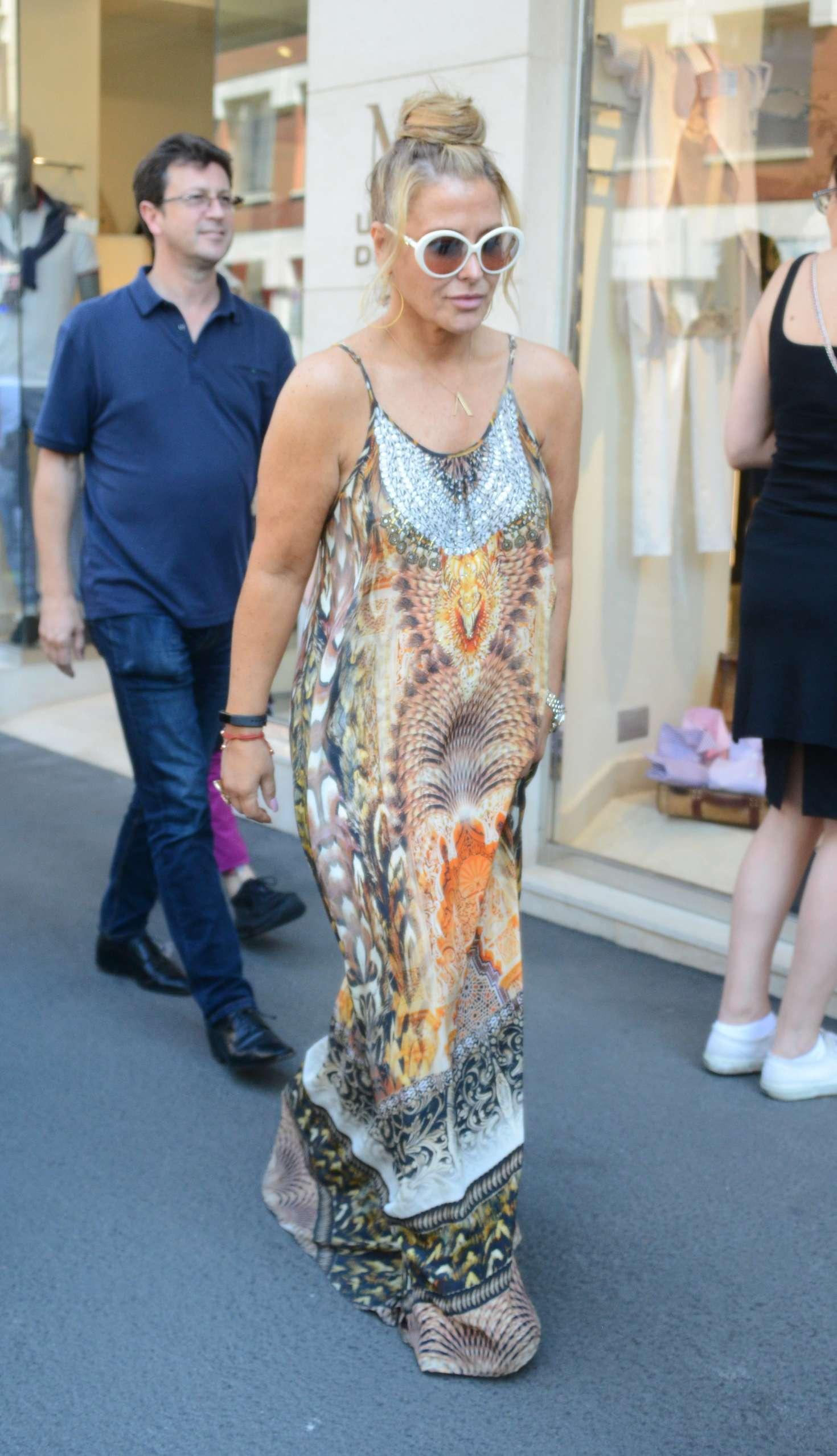 Anastacia in Long Dress Shopping in Milan