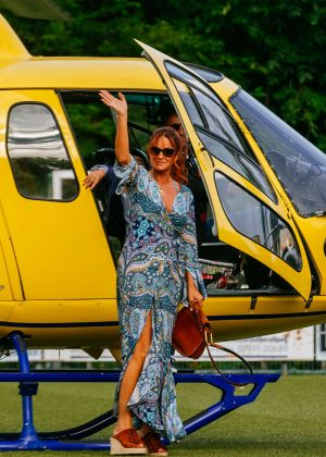 Andrea Berg - Arrives with a helicopter in Aspach