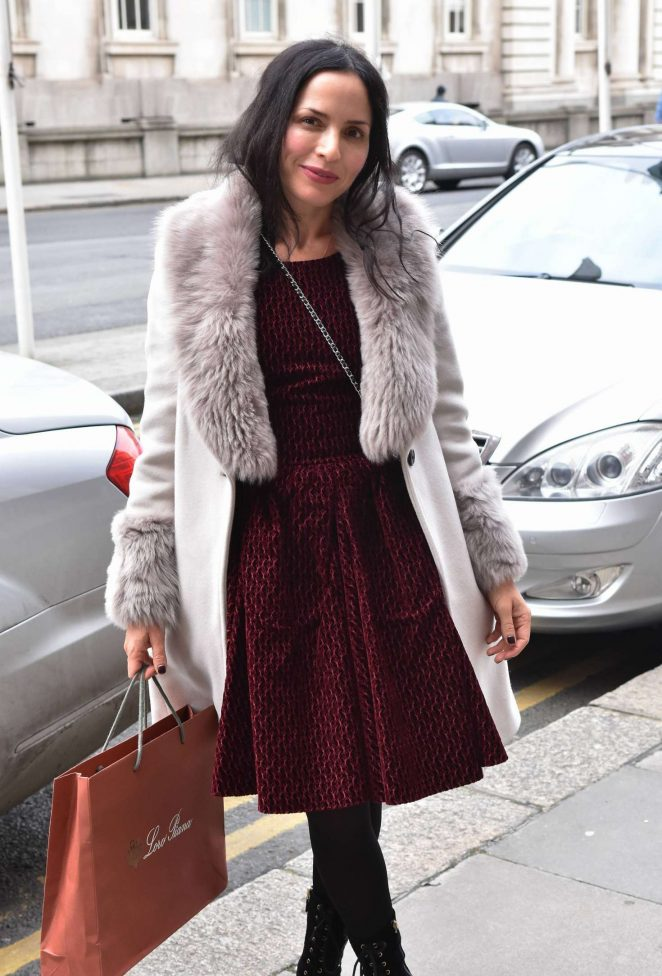 Corr heading to patrick guilbaud restaurant in dublin andrea corr heading to patrick guilbaud restaurant in dublin altavistaventures Images
