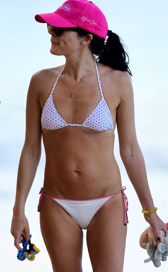 Andrea corr in white bikini on a beach in barbados altavistaventures Choice Image