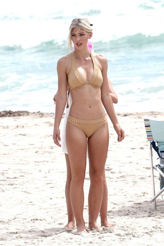Andrea Cronberg in Bikini - Photoshoot in Miami Beach