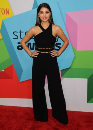 Andrea Russett – Streamy Awards Photocall 2017 in Beverly Hills