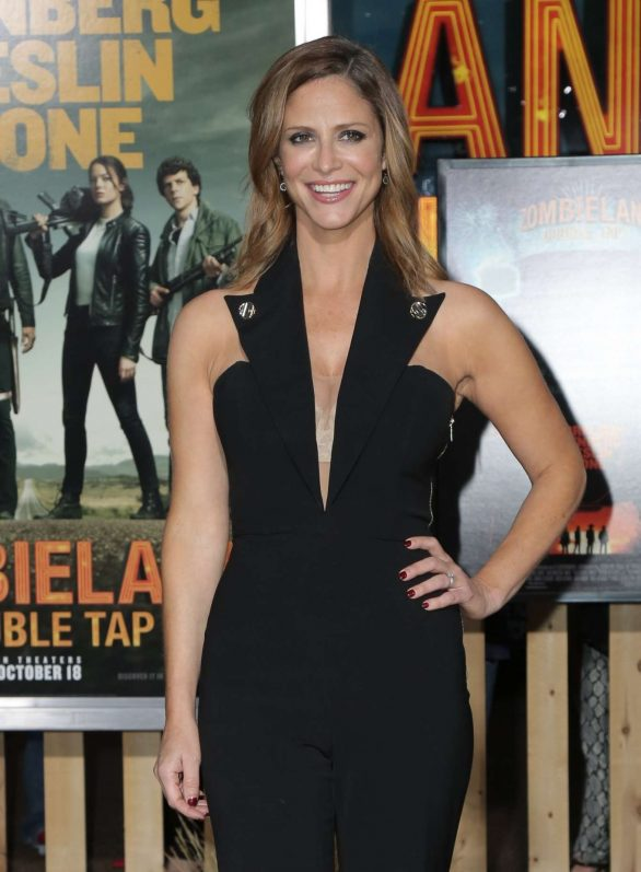 Andrea Savage - 'Zombieland: Double Tap' Premiere in Westwood