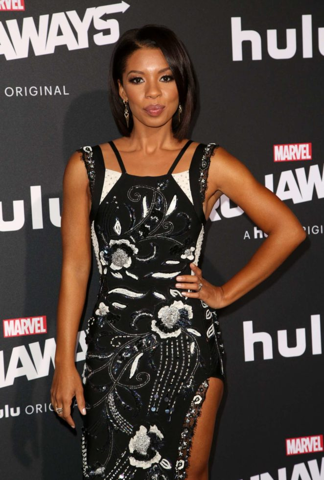Angel Parker - 'Runaways' Premiere in Los Angeles