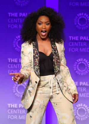 Angela Bassett - 2019 PaleyFest LA - 9-1-1 Presentation in Los Angeles