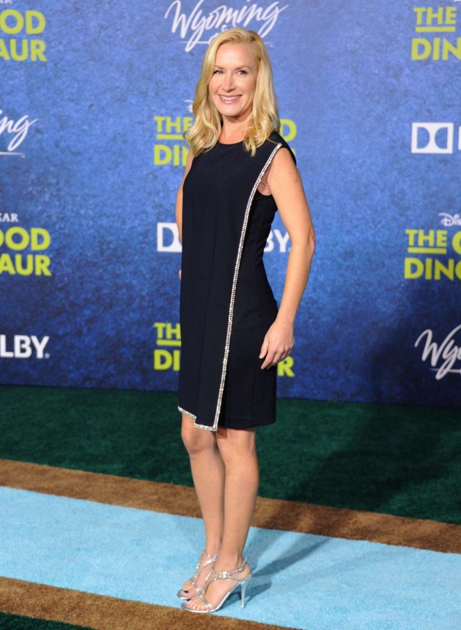 Angela Kinsey - 'The Good Dinosaur' Premiere in Hollywood