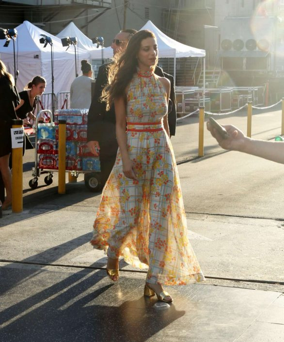 Angela Sarafyan - Signs autographs and greets fans in Hollywood