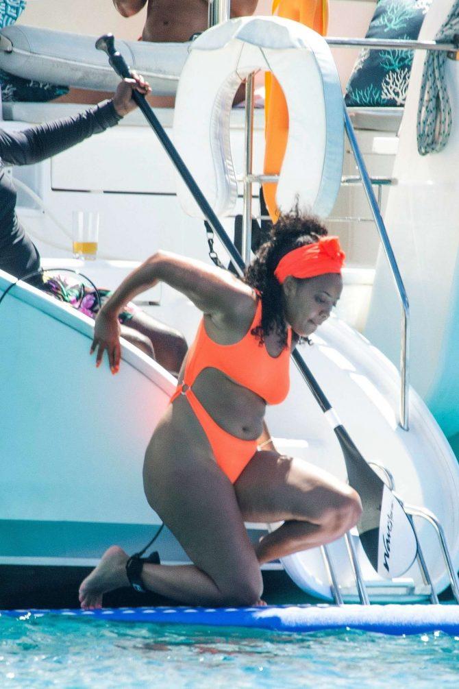 Angela Simmons 2019 : Angela Simmons in Orange Bikini 2019 -02