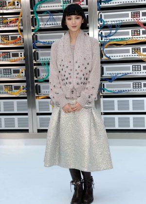Angela Yuen - Chanel Show Spring Summer 2017 in Paris