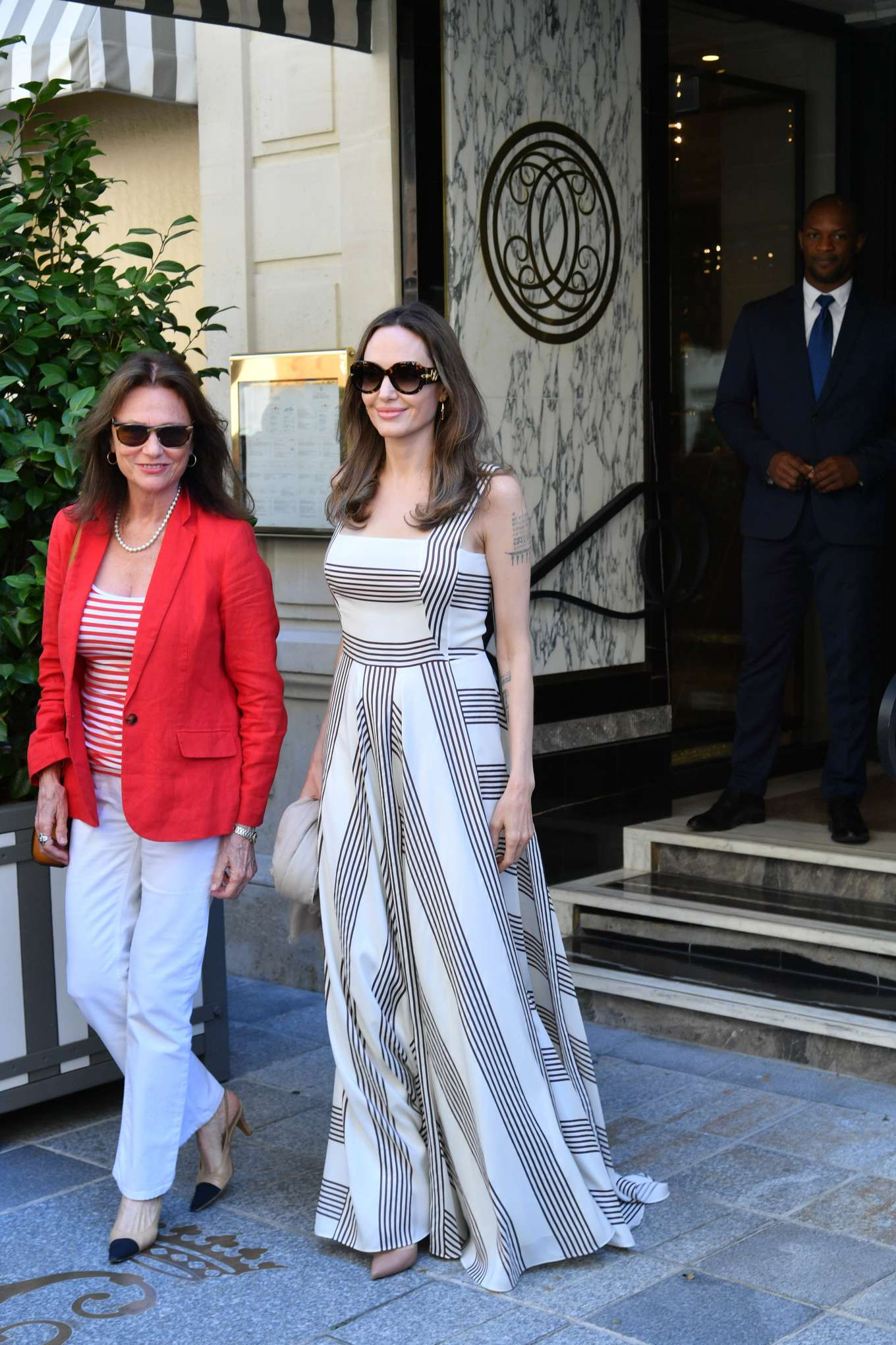 Angelina Jolie 2019 : Angelina Jolie and Jacqueline Bisset – Leaving Their Hotel in Paris-11