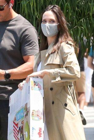 Angelina Jolie - Buy a HABA Grocery Shop Play Tent in Los Feliz