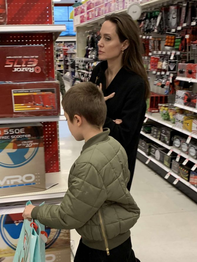 Angelina Jolie - Christmas Shopping at Target in West Hollywood