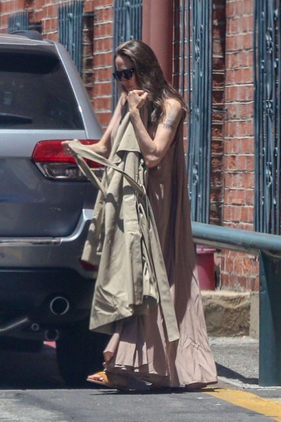 Angelina Jolie in Long Dress-13