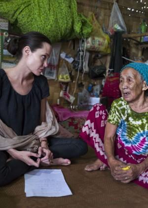 Angelina Jolie - Ja Mai Kaung Baptist Refugee Camp in Myitkyina