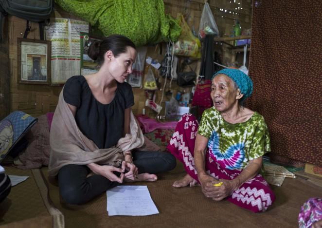 Angelina Jolie – Ja Mai Kaung Baptist Refugee Camp in Myitkyina