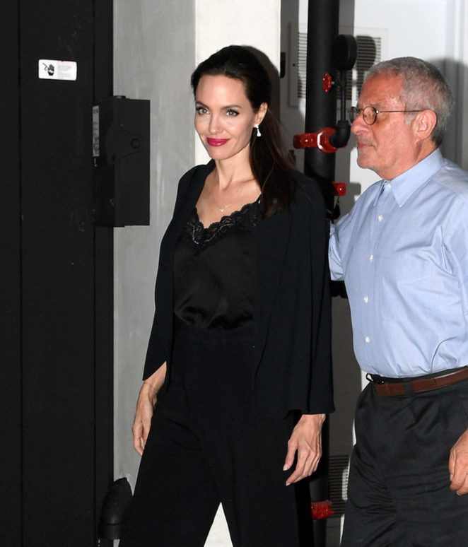 Angelina Jolie - Leaves Umeda Sushi restaurant in Los Angeles