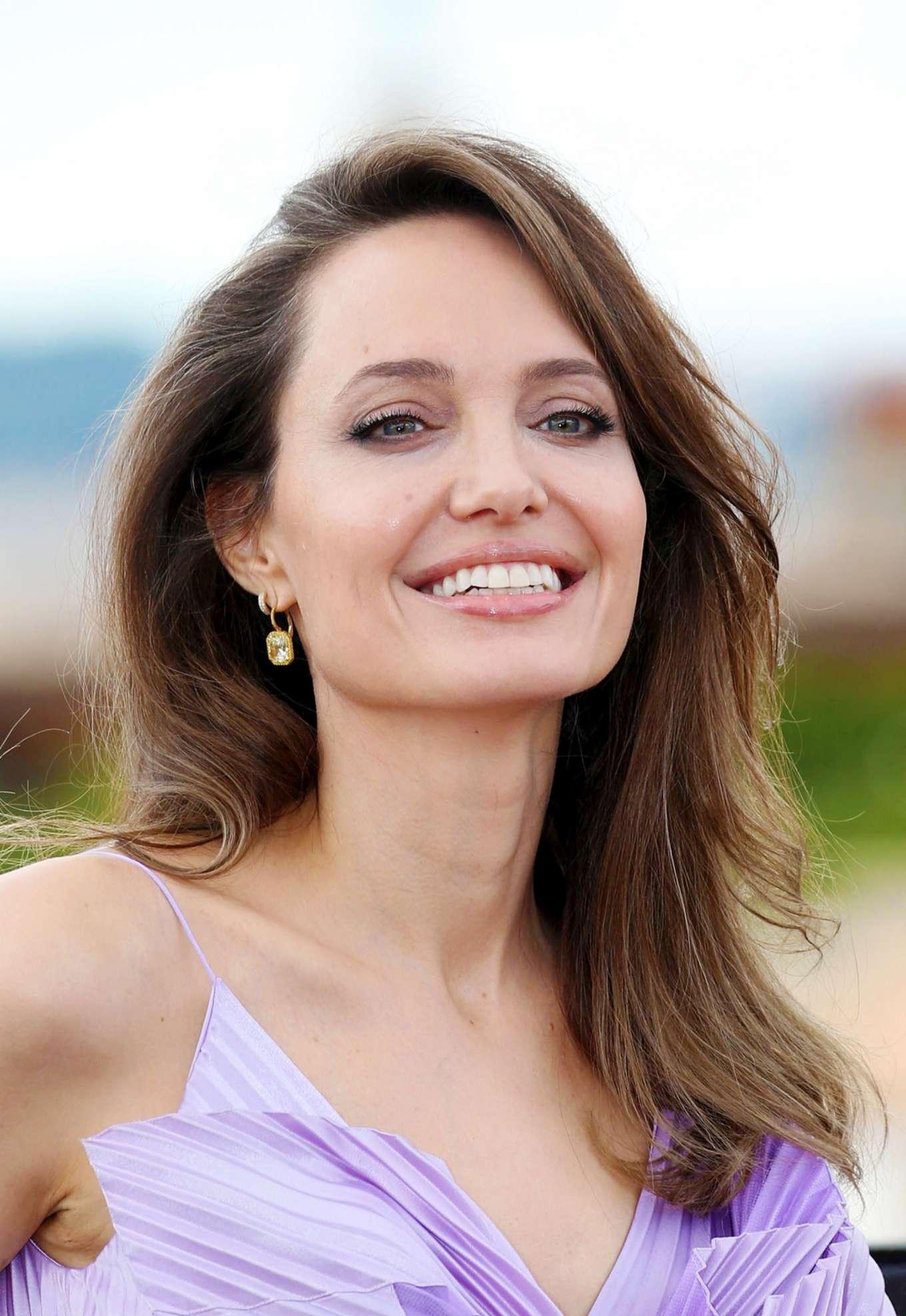 Angelina Jolie Maleficent Mistress Of Evil Photocall 08