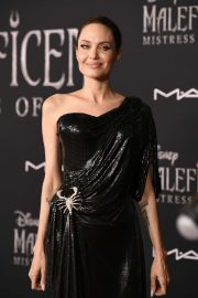 Angelina Jolie - 'Maleficent: Mistress of Evil' Premiere in Los Angeles