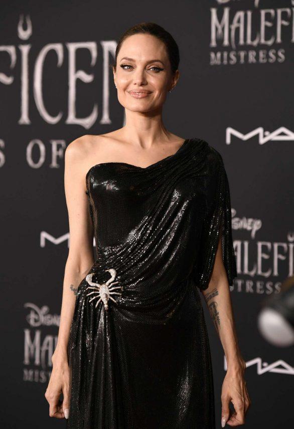 Angelina Jolie Maleficent Mistress Of Evil La Premiere 10