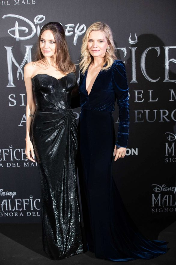 Angelina Jolie 2019 : Angelina Jolie – Maleficent: Mistress Of Evil Premiere in Rome-06