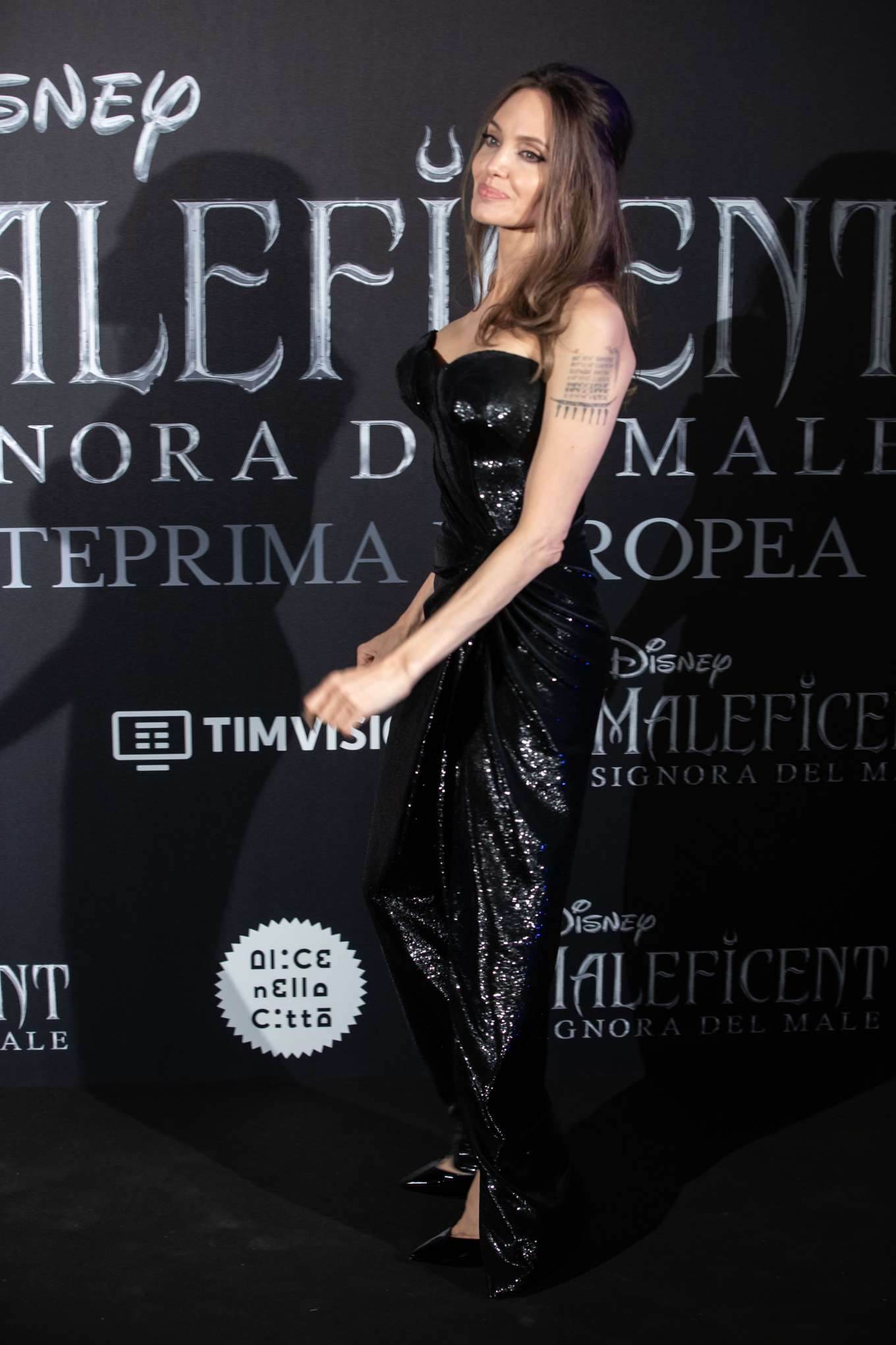 Angelina Jolie 2019 : Angelina Jolie – Maleficent: Mistress Of Evil Premiere in Rome-09