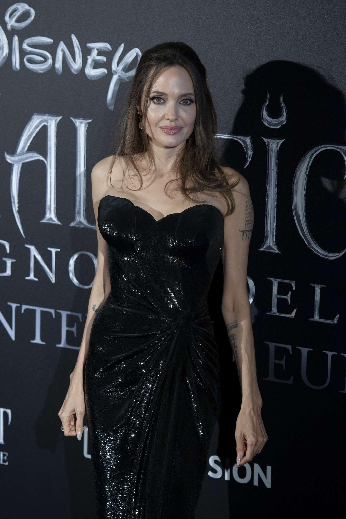 Angelina Jolie 2019 : Angelina Jolie – Maleficent: Mistress Of Evil Premiere in Rome-11
