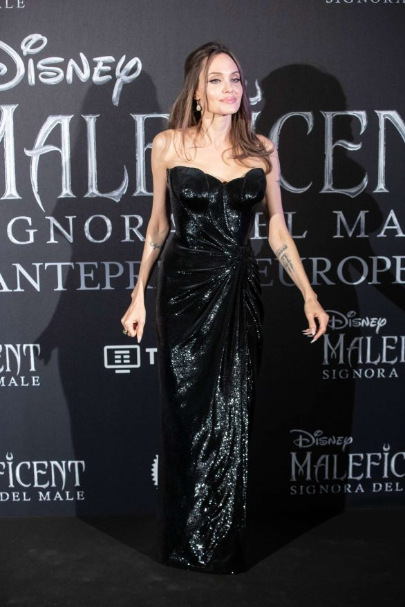 Angelina Jolie Maleficent Mistress Of Evil Premiere In