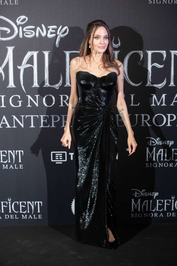 Angelina Jolie - 'Maleficent: Mistress Of Evil' Premiere in Rome