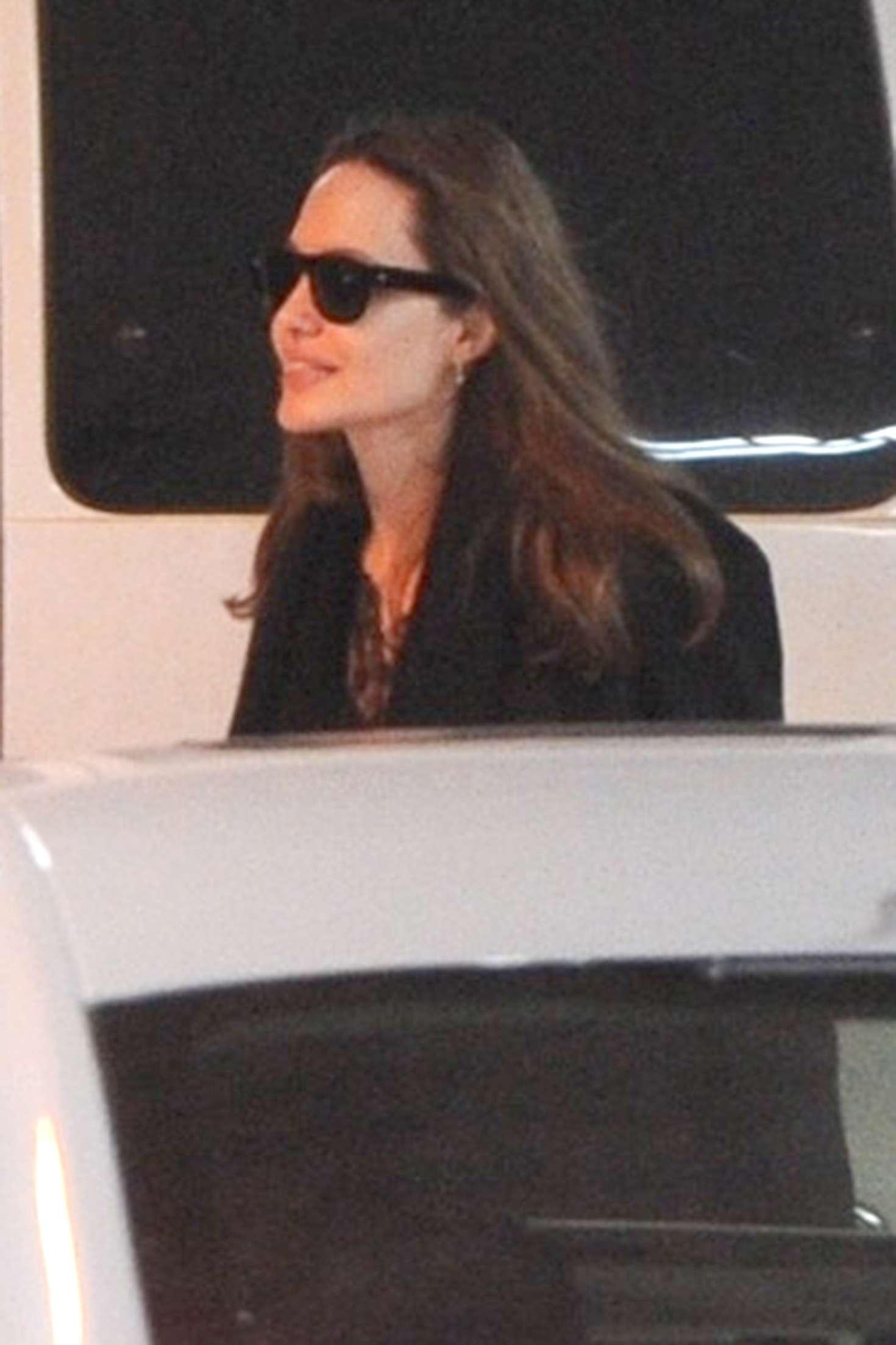 Angelina Jolie 2019 : Angelina Jolie: Return to her hotel in New York -01