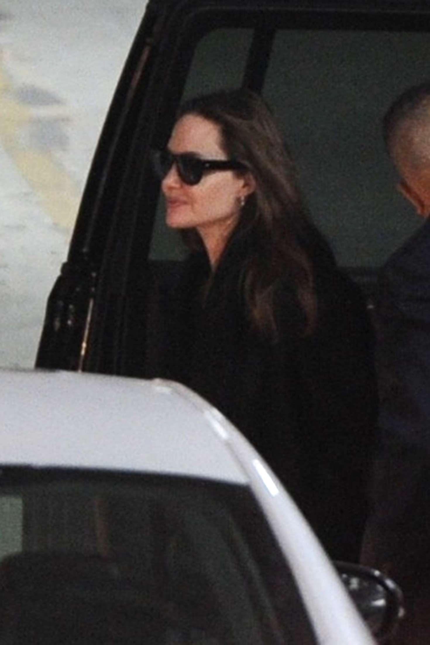 Angelina Jolie 2019 : Angelina Jolie: Return to her hotel in New York -04