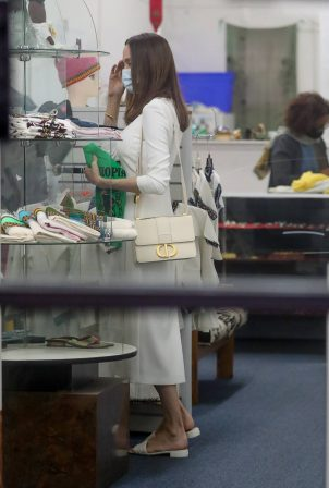 Angelina Jolie - Shopping candids at Ethiopian Design in Los Angeles