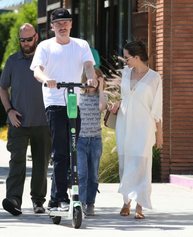 Angelina Jolie: Shopping in Los Feliz-09