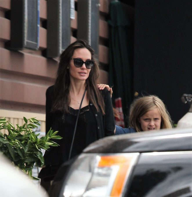 Angelina Jolie shops at organic food store in Los Angeles