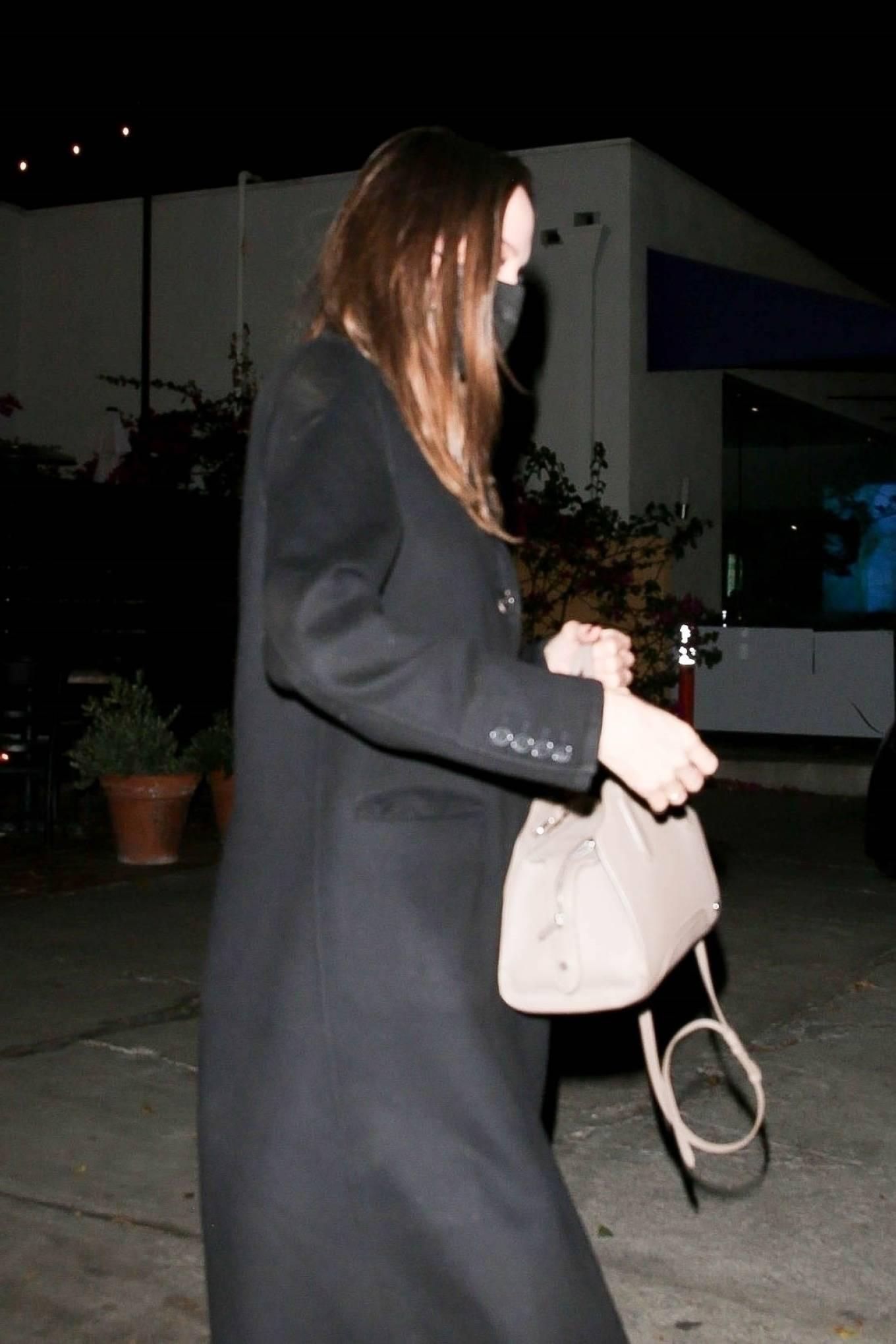 Angelina Jolie 2021 : Angelina Jolie – Steps out with her Ex-husband Jonny Lee Miller for a dinner in Beverly Hills-03