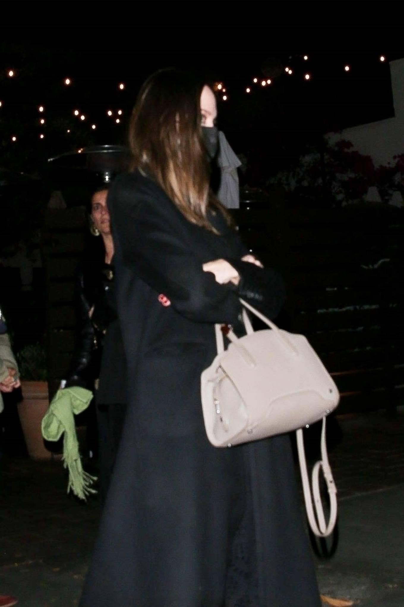 Angelina Jolie 2021 : Angelina Jolie – Steps out with her Ex-husband Jonny Lee Miller for a dinner in Beverly Hills-05