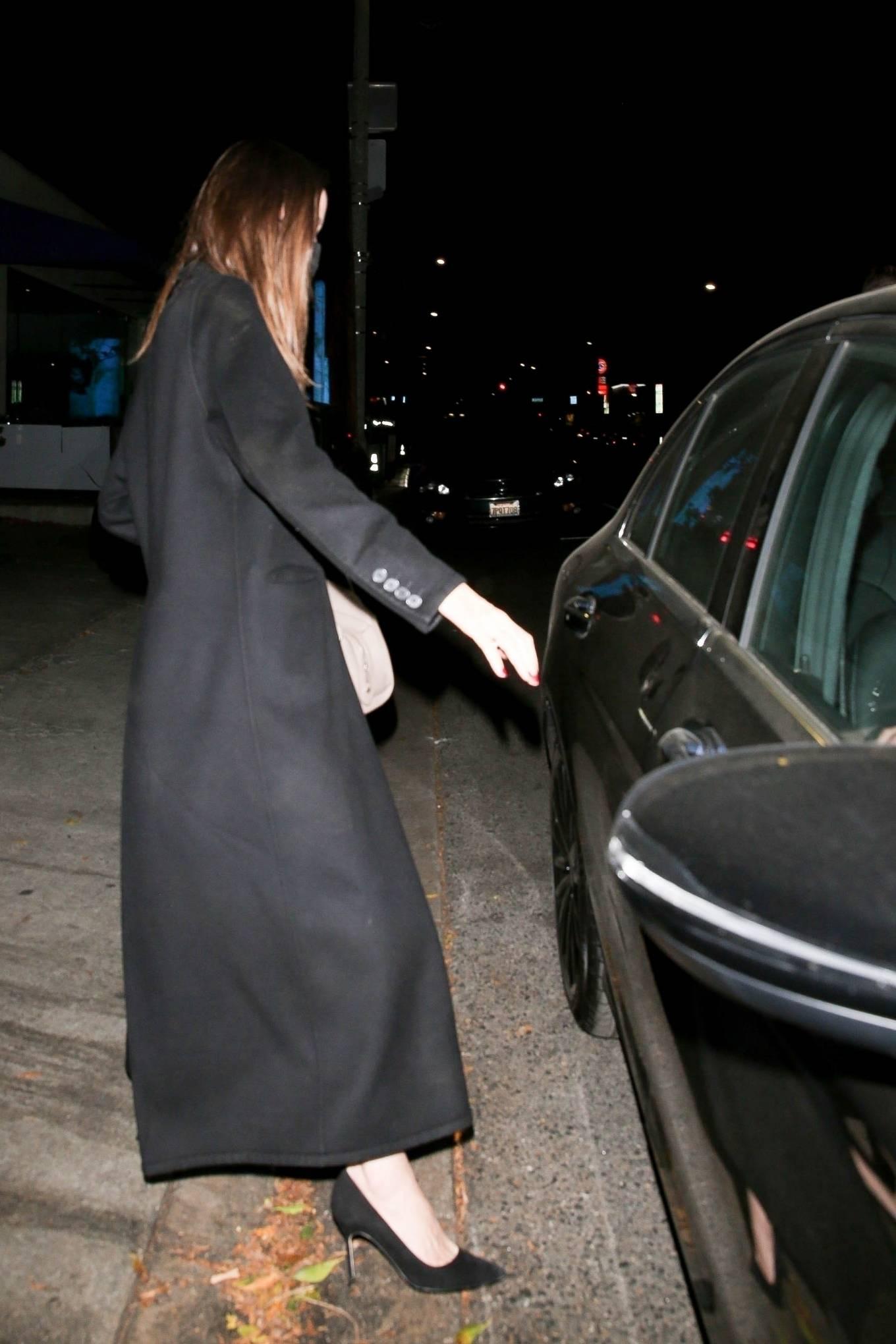 Angelina Jolie 2021 : Angelina Jolie – Steps out with her Ex-husband Jonny Lee Miller for a dinner in Beverly Hills-09