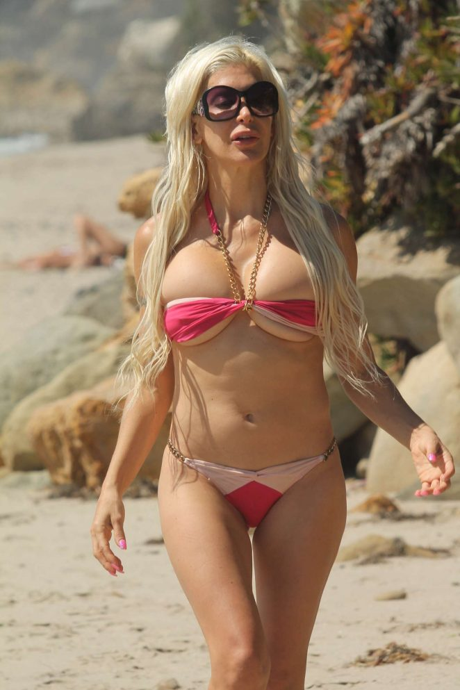 8eb9d4b50f Angelique Frenchy Morgan in Bikini on the beach in Malibu
