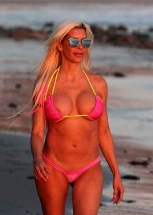 Frenchy Morgan in Pink Bikini in Malibu Pic 10 of 35