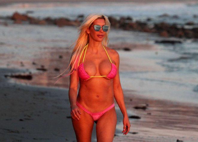Angelique Frenchy Morgan 2017 : Angelique Frenchy Morgan in Pink Bikini 2017 -11