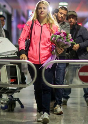 Angelique Kerber - Arrives at the Airport in Frankfurt
