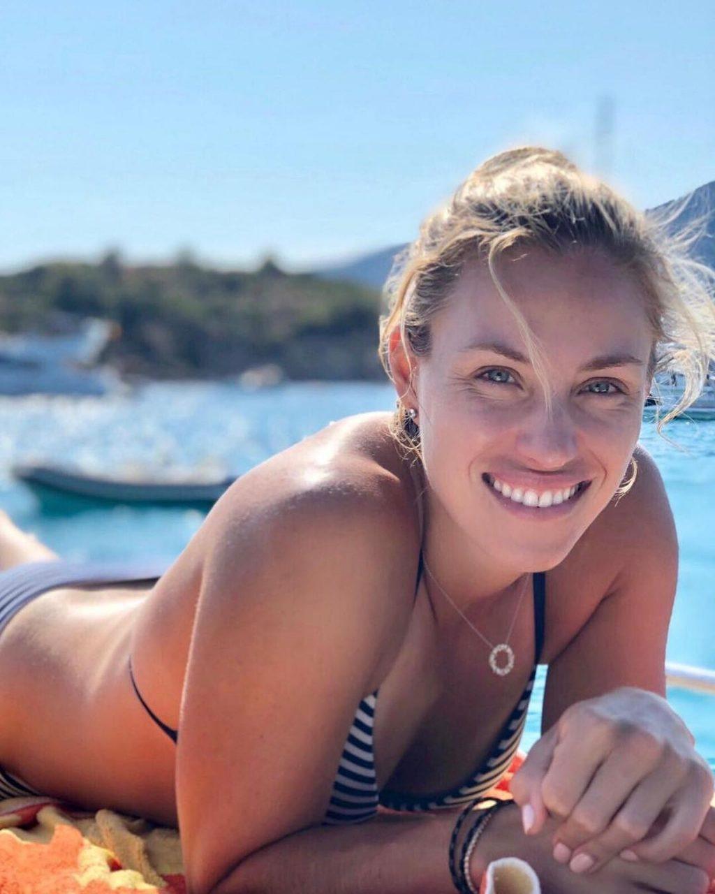 Angelique Kerber Personal pics