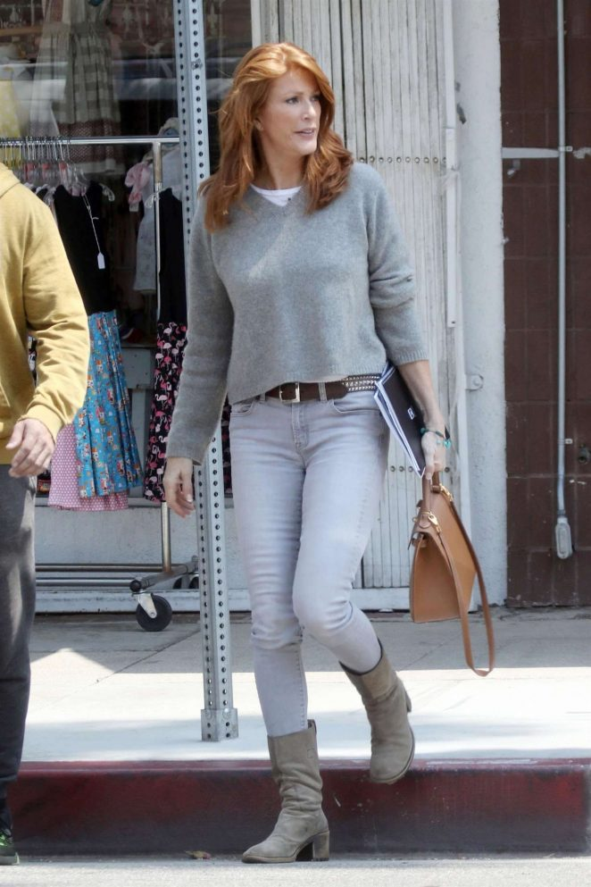 Angie Everhart - Leaving Joan's on Third in Los Angeles