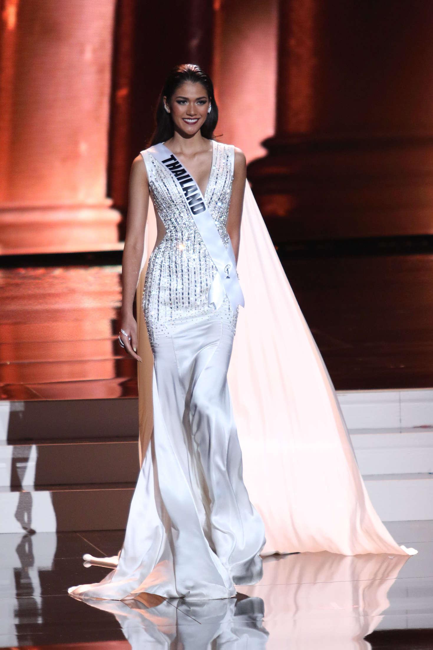 Aniporn-Chalermburanawong:-Miss-Universe