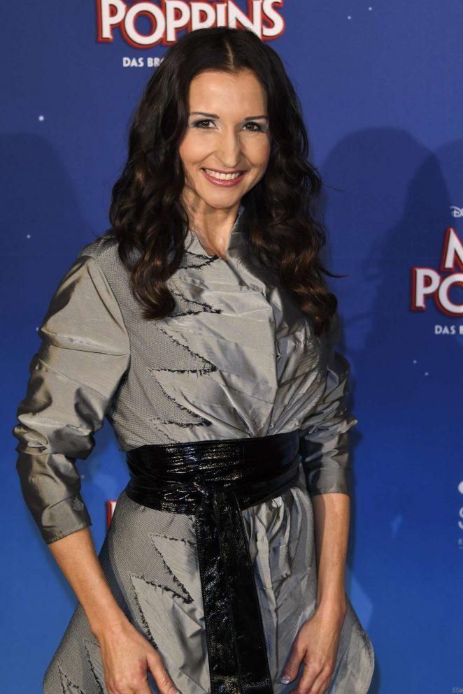 Anita Hofmann - 'Mary Poppins' Premiere in Stuttgart